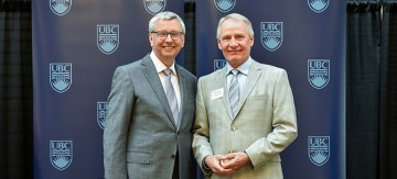 Bob Hapke recognized for 25 years of service to UBC